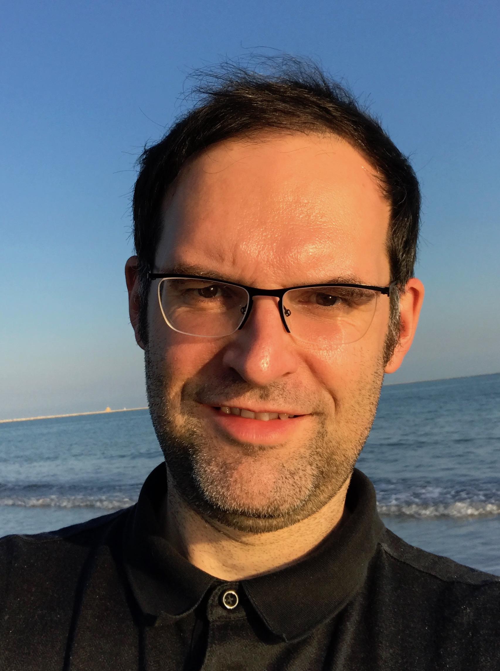Dr. Joachim Junker
